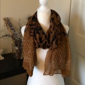 Leopard print gold studded scarf